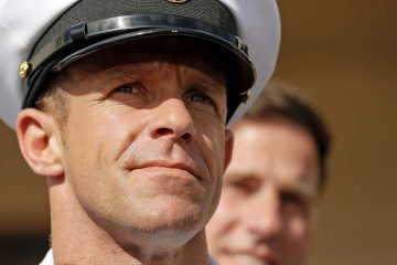 Photo of Navy Special Operations Chief Edward Gallagher