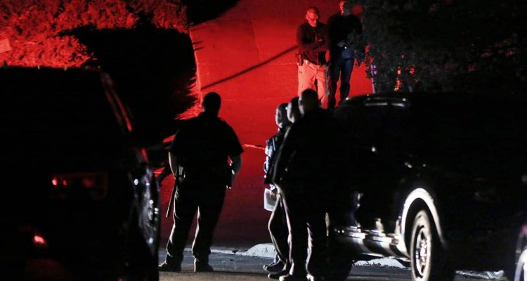Photo of Contra Costa County Sheriff deputies investigation a shooting in Orinda