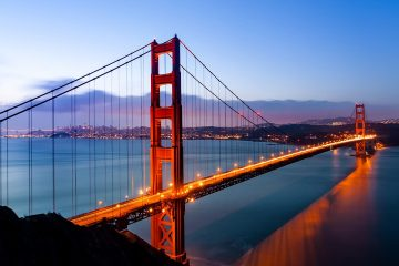 Photo of the Golden Gate Bridge symbolizing California's greatness