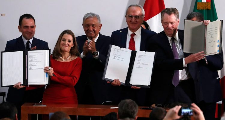 Photo of Mexico's Treasury Secretary Arturo Herrera, left, Deputy Prime Minister of Canada Chrystia Freeland, second left, Mexico's President Andres Manuel Lopez Obrador, center, Mexico's top trade negotiator Jesus Seade, second right, and U.S. Trade Representative Robert Lighthizer