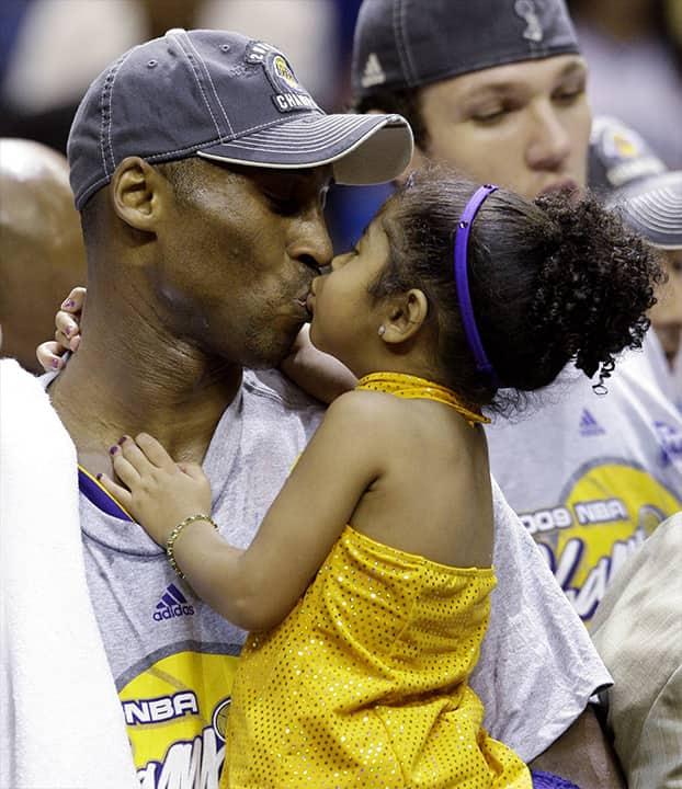 Photo of Kobe and Gianna Bryant