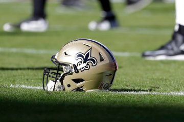 Photo of a New Orleans Saints helmet