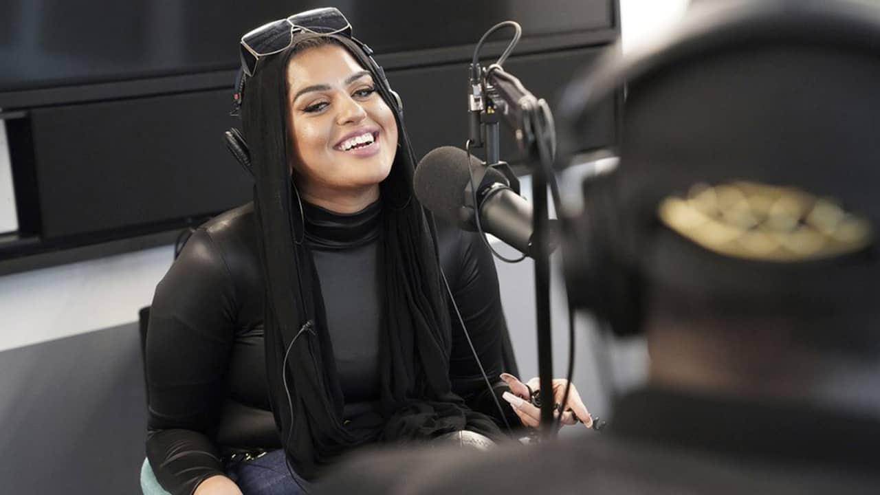 Photo of Amani Al-Khatahtbeh, founder of Muslimgirl.com