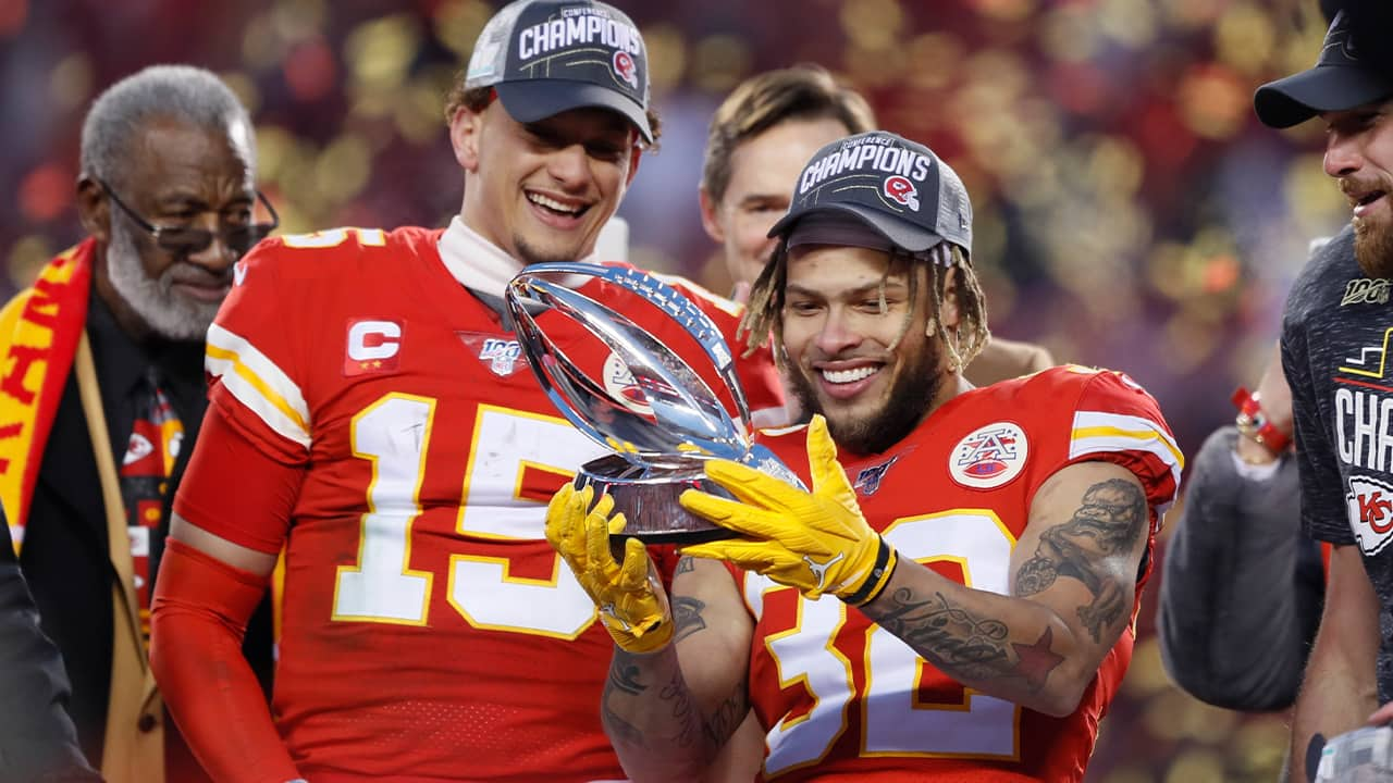 Photo of Kansas City Chiefs' Tyrann Mathieu and Patrick Mahomes