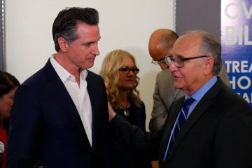 Photo of Gov. Gavin Newsom and Fresno Mayor Lee Brand