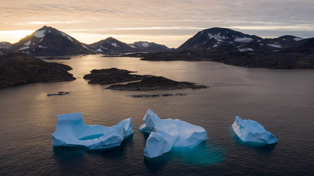 Photo of icebergs in Greenland