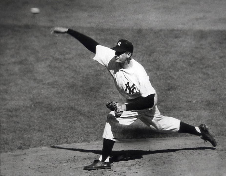 Photo of Don Larsen pitching in 1956