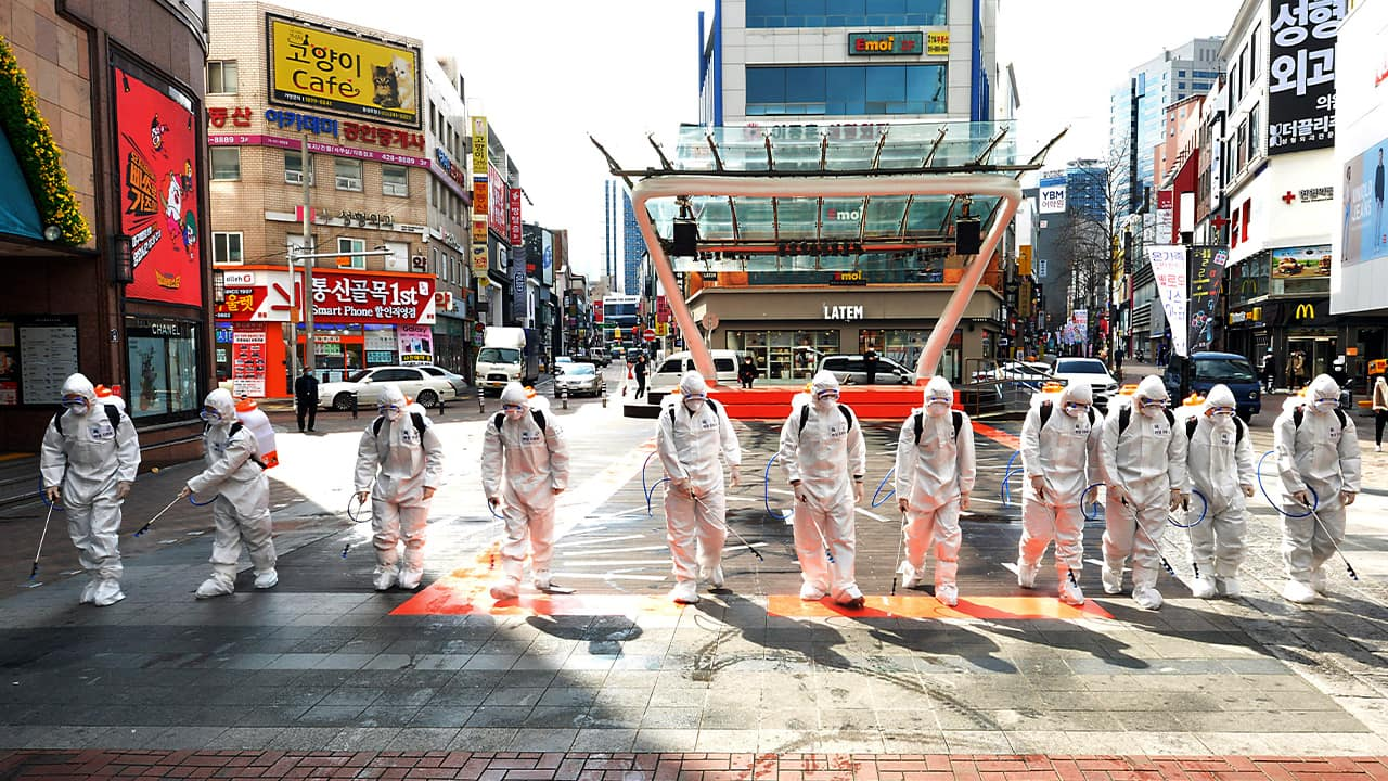 Photo of South Korean army soldiers wearing protective suits