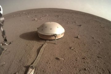 Photo of InSight on Mars