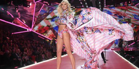 Photo of Victoria's Secret model Devon Windsor