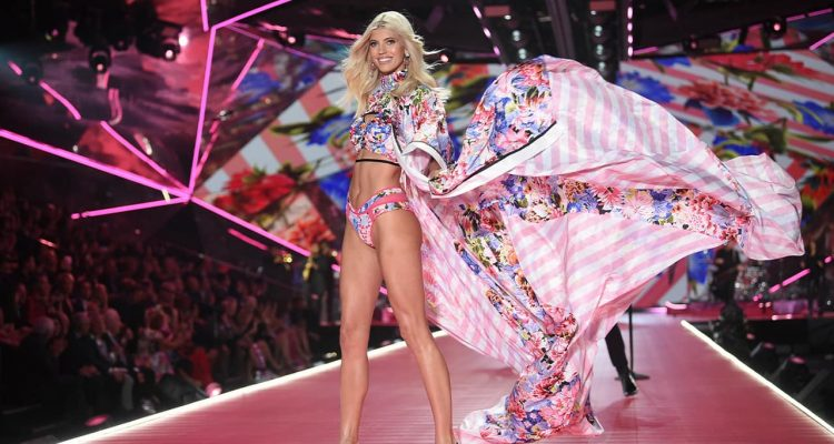 Photo of Victoria's Secret model Devon Windsor