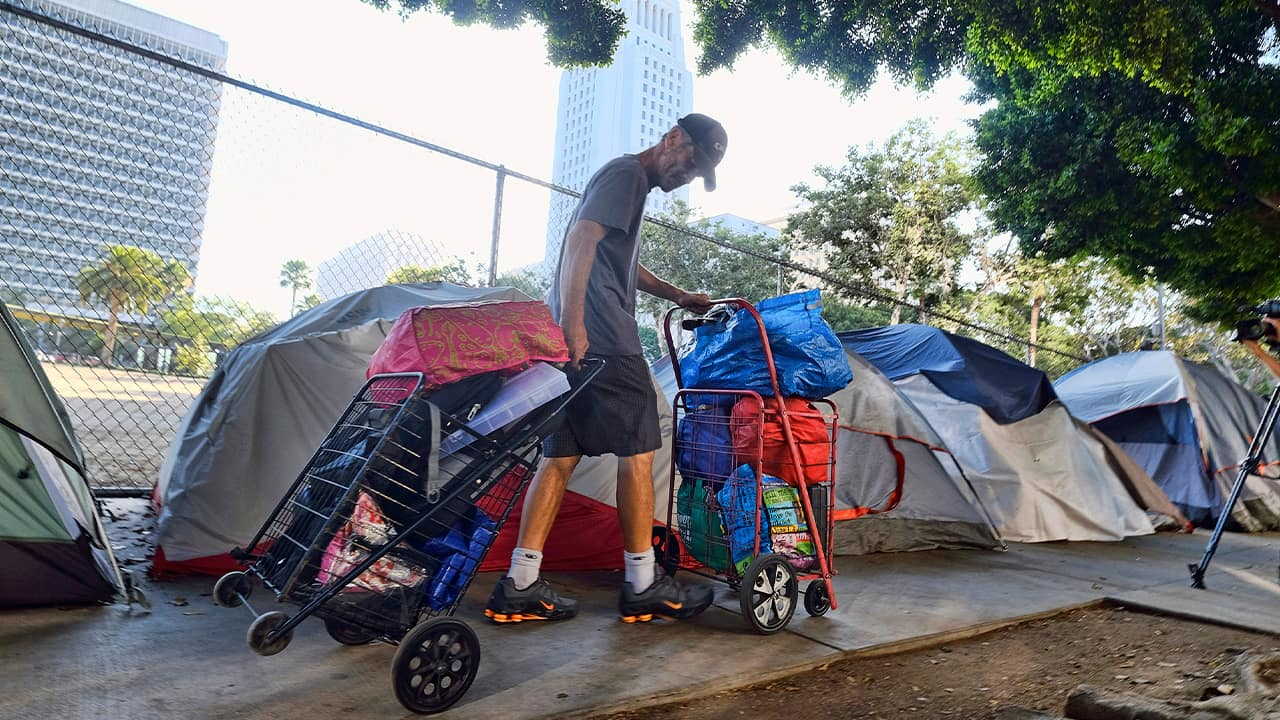 Photo of a homeless man in Los Angeles