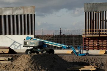 Photo of border wall construction in Donna, Texas
