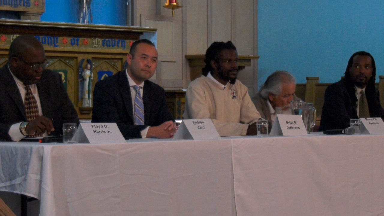 Photo of Floyd Harris Jr., Andrew Janz, Brian jefferson, Richard Renteria, and Nickolas Wildstar at the Fresno4All forum