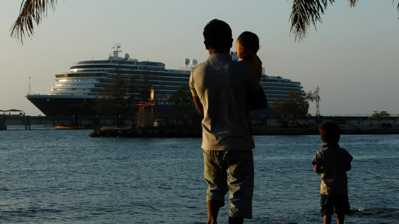 Photo of the Westerdam cruise ship docked in Camodia