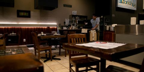 Photo of an Oakland restaurant's dining room