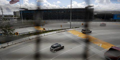 Photo of border between San Diego and Tijuana