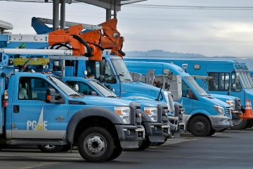 Photo of PG&E trucks