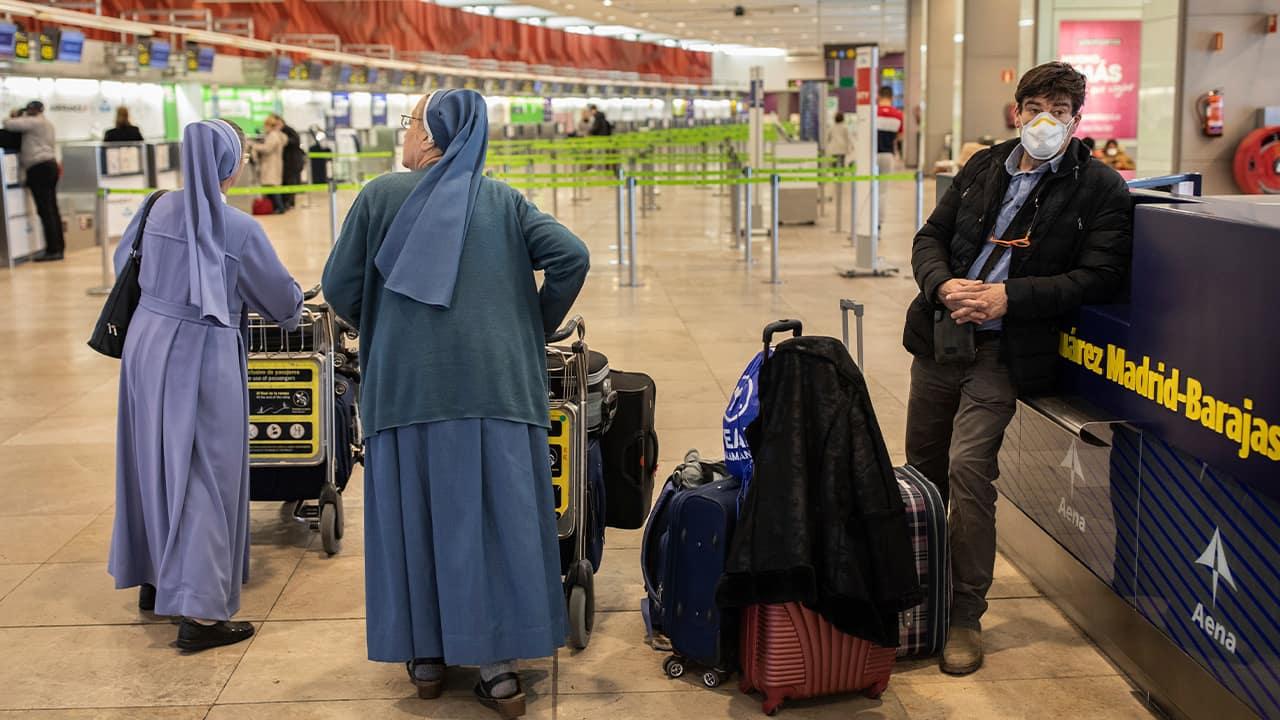 Photo of passengers waiting at Adolfo Suarez-Barajas international airport in Madrid