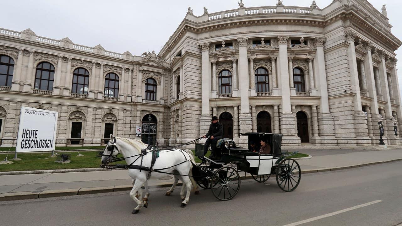 Photo of a Fiaker coach in Austria