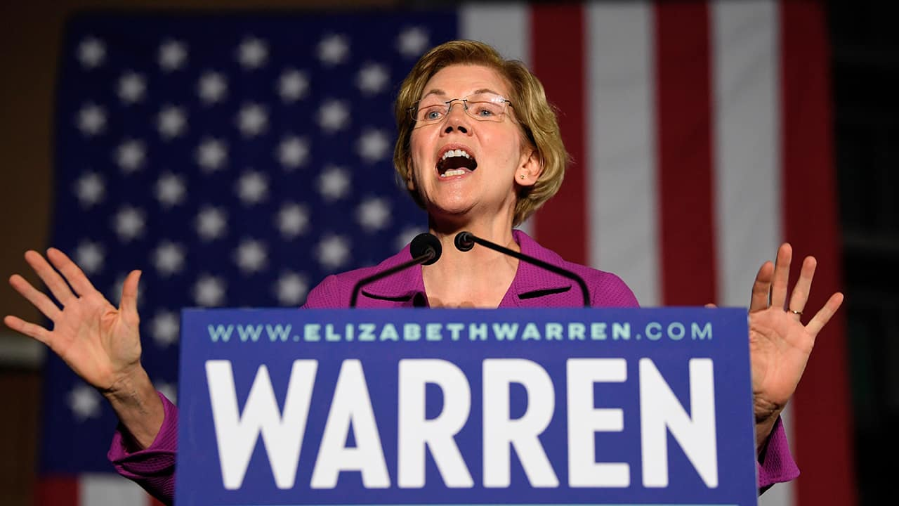 Photo of Elizabeth Warren