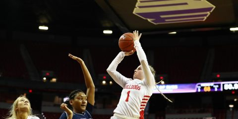 Fresno State's Haley Cavinder pulls up for a shot against Nevada