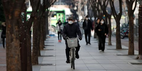 Photo of people wearing face masks to prevent the spread of a new coronavirus in Seoul, South Korea