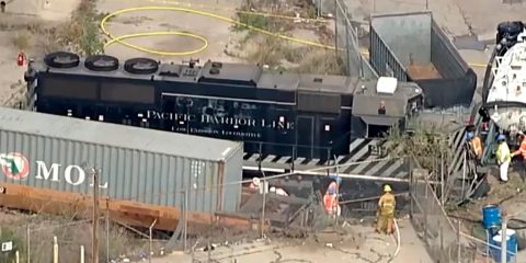 Photo of a Pacific Harbor Line train that derailed