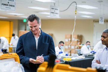 Photo of Gov. Gavin Newsom at Bloom Energy