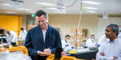 Photo of Gov. Gavin Newsom at Bloom Energy