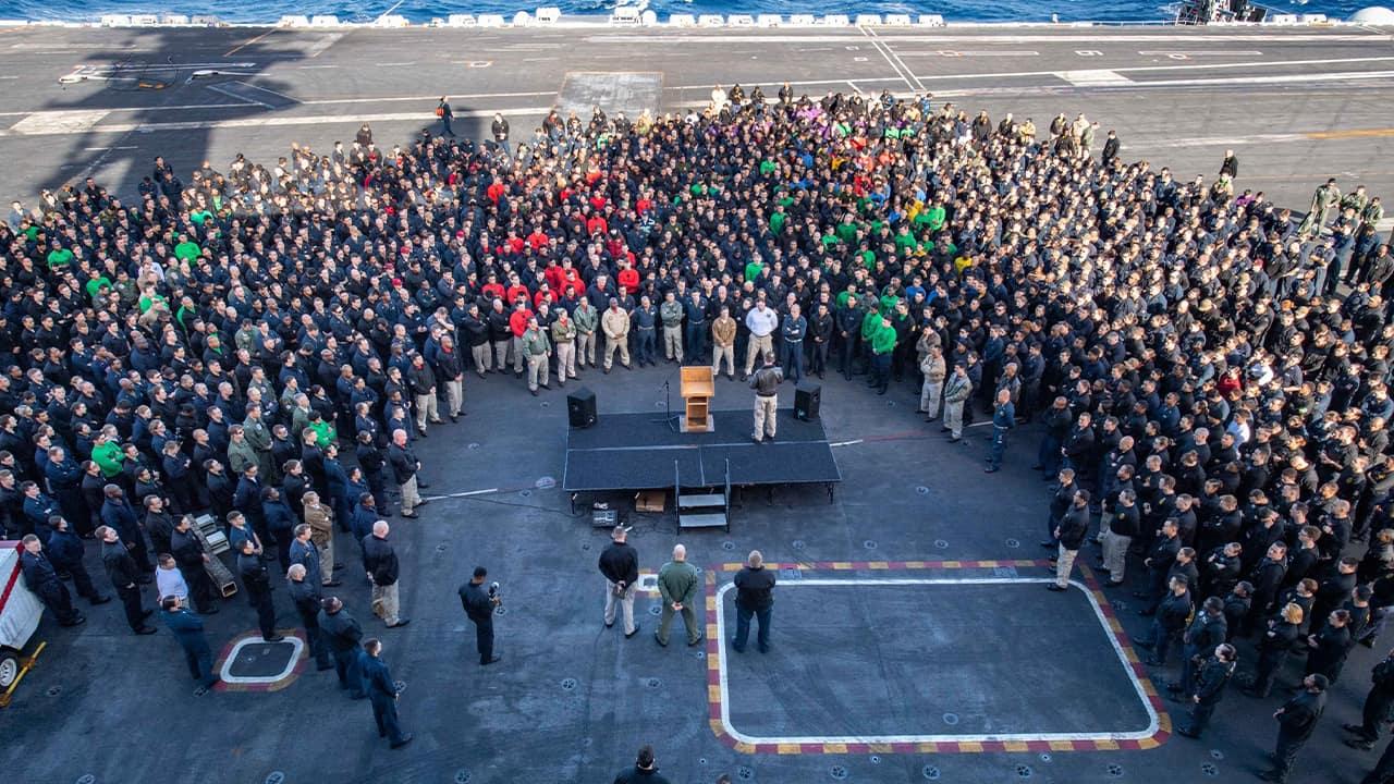 Photo of Navy crew