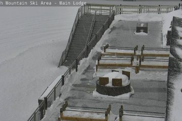 Webcam photo of snow falling at Mammoth Mountain on April 8, 2020