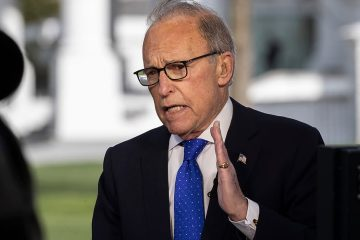 Photo of White House chief economic adviser Larry Kudlow