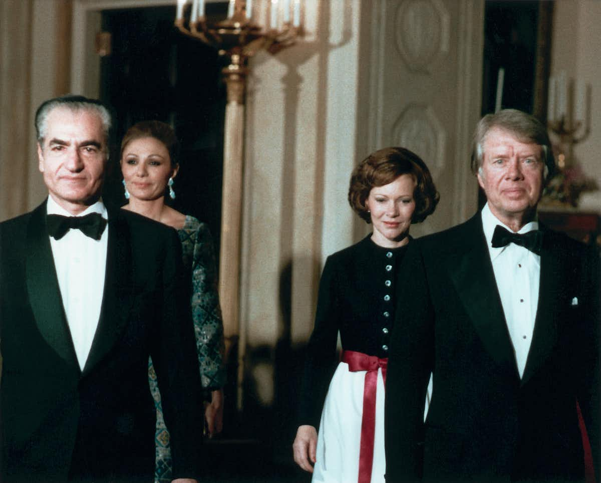 Photo of Jimmy Carter and his wife in 1977