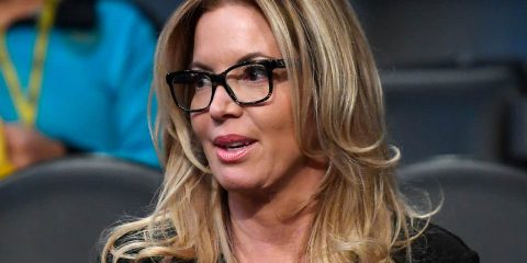 Photo of Los Angeles Lakers president Jeanie Buss