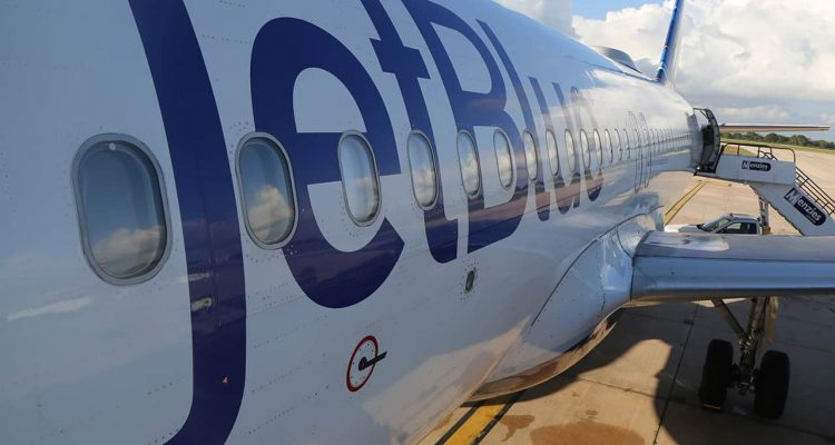Photo of a Jet Blue airplane