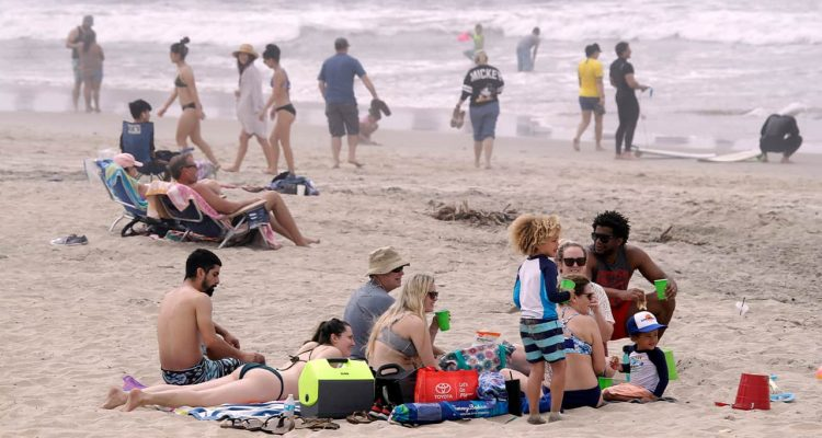 Photo of people on Huntington Beach