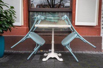 Photo of an outside patio set