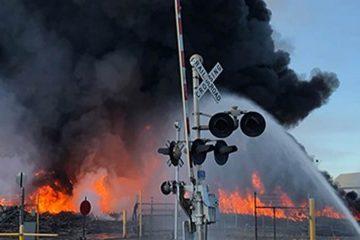 Photo of a tomato processing plant fire in Stockton, California
