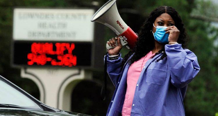 Photo of health care worker Tonya Wilkes