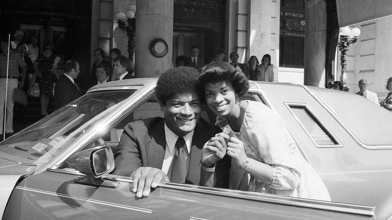 Photo of Wes Unseld and his wife in 1978