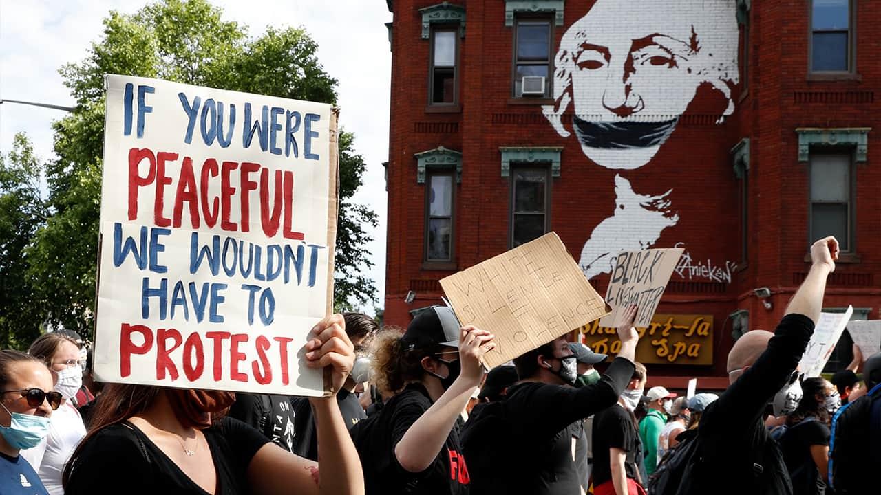 Photo fo protesters in Washington