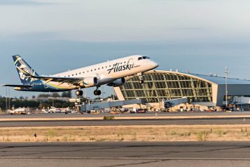 Photo of an Alaska Airlines jet taking off at Fresno Yosemite International Airport