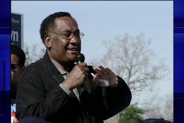 Image of former Houston police chief and mayor Lee P. Brown speaking