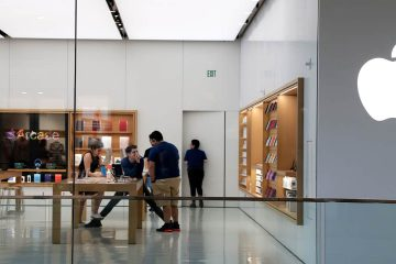 Photo of Apple store in Miami