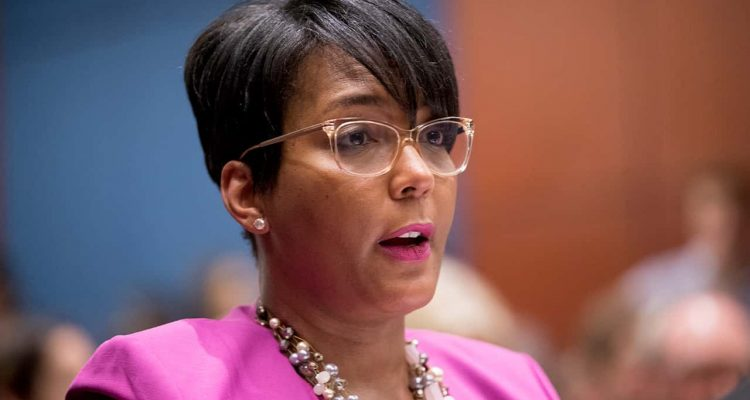 Photo of Atlanta Mayor Keisha Lance Bottoms
