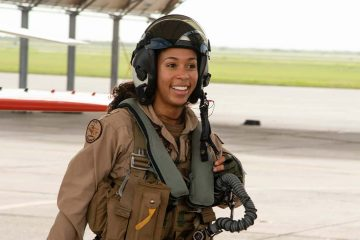 Photo of LTJG Madeline Swegle, the first Black female tactical fighter pilot