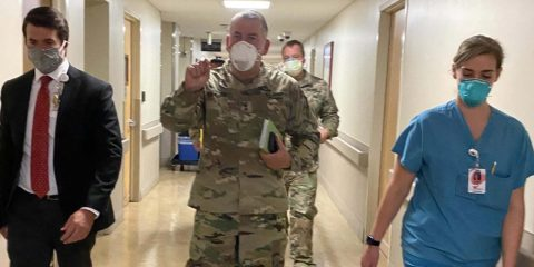 Image of Maj. Gen. Michael Stone visting Community Regional Medical Center in Fresno, California, and the military medical team deployed there to fight the coronavirus pandemic