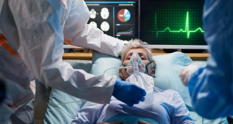 Photo of a female COVID-19 patient in ICU