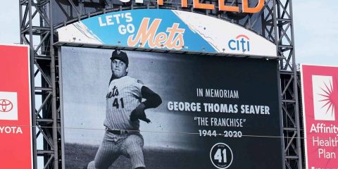 Photo of New York Mets tribute to Tom Seaver